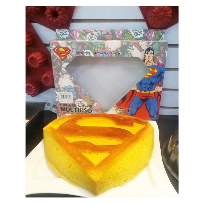 Forma de Bolo Superman Logo