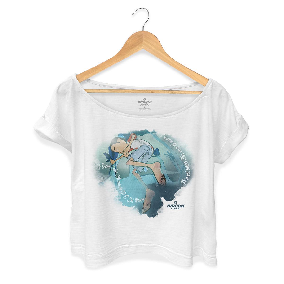 T-shirt Premium Feminina Biquini Cavadão Só Quem Sonha Acordado