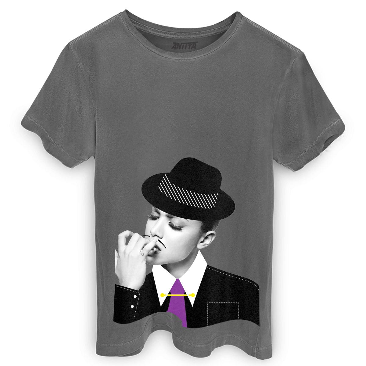 T-shirt Premium Masculina Anitta Me Leva a Sério