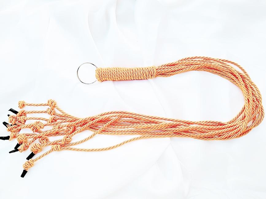 FLOGGER ARTESANAL CORDA E ARGOLA - DOURADO  REF 307/0121