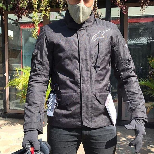 JAQUETA ALPINESTARS GRAVITY PRETO DRYSTAR IMPERMEÁVEL (PARKA / BIGTRAIL)  - Planet Bike Shop Moto Acessórios