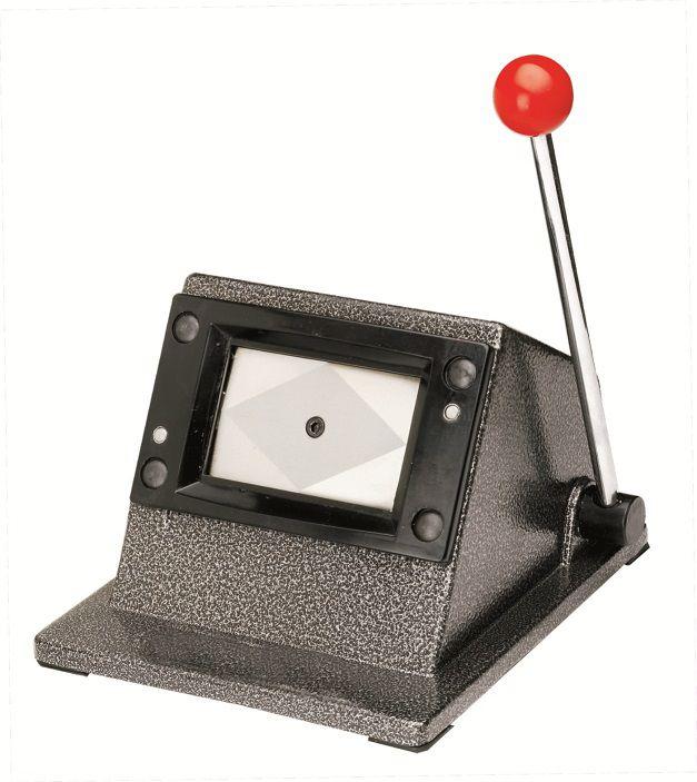 Cortador de Cartão PVC para Crachá 54x86mm  - Click Suprimentos