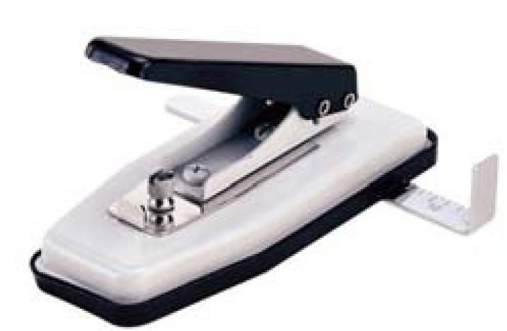Furador Ovoide para Crachás Ajustável com Margeador Warrior 33059A  - Click Suprimentos