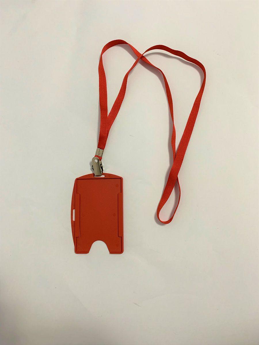 Kit Cordão + Porta Crachá Rígido Conjugado Vermelho - 100 unidades  - Click Suprimentos