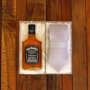 Kit Para Padrinhos Jack Daniel's 200ml e Gravata (Modelo 2)