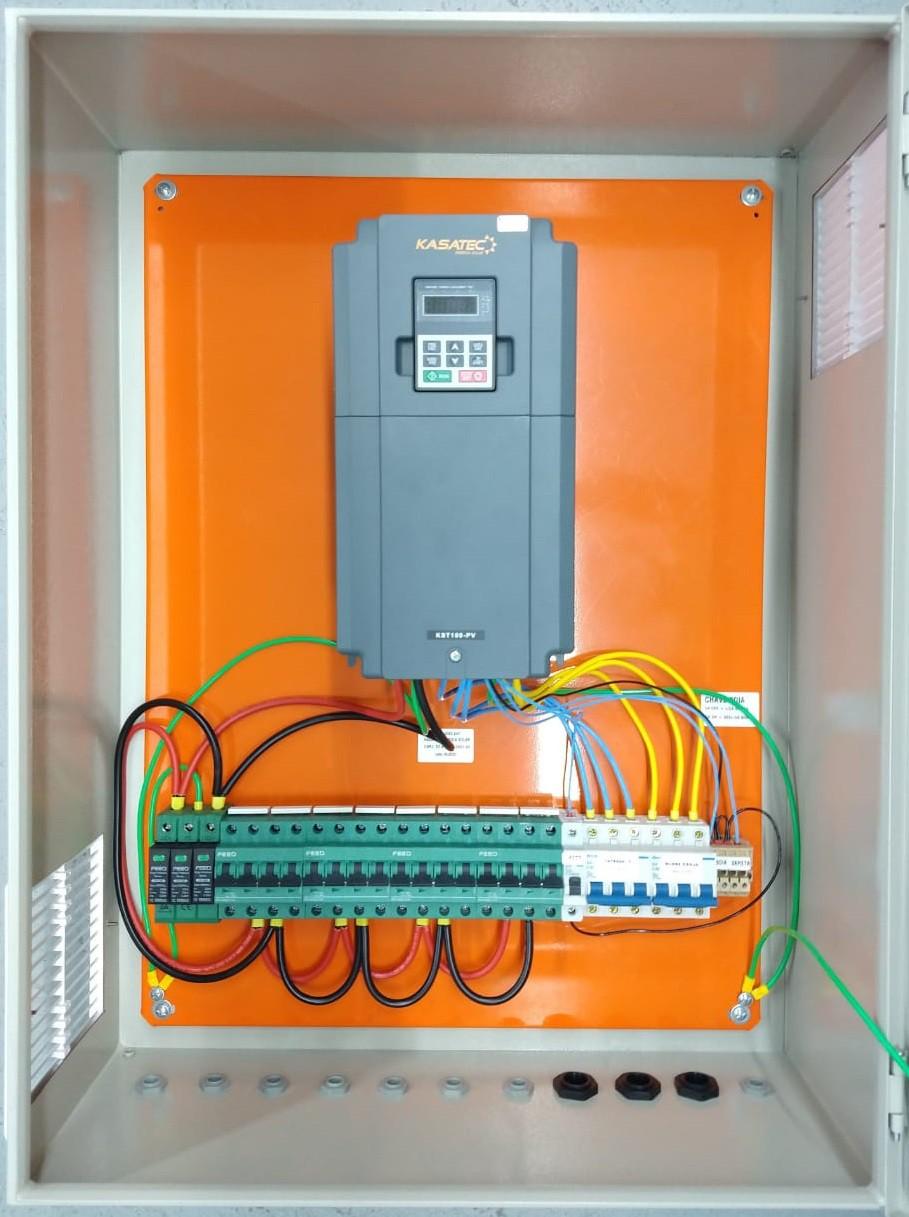 Quadro Bombeamento Solar com Inversor 15kw para Bomba até 15cv/ Trif 380V
