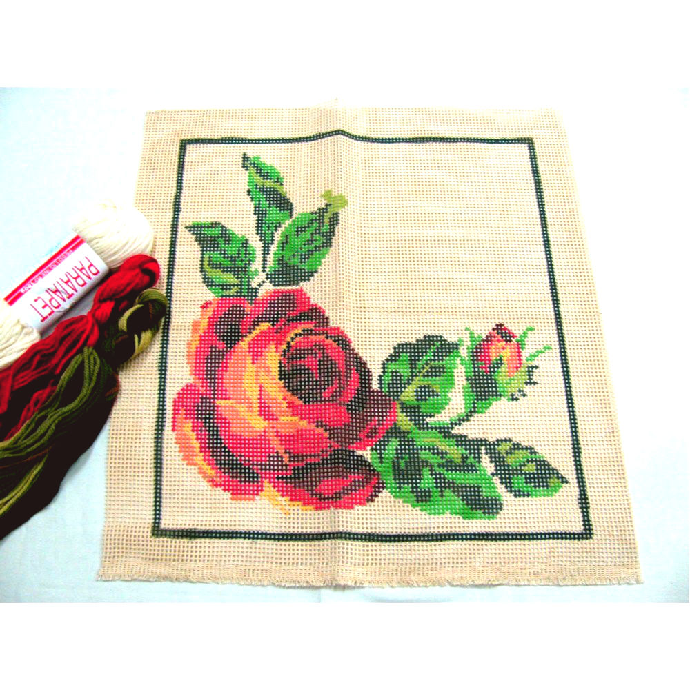 Kit Almofada Rosa Vermelha  - Conceição Spinola Tapeçaria