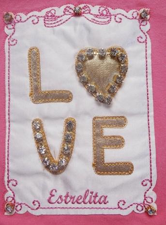 CONJUNTO BLUSA DETALHE LOVE E SAIA FLORAL REF.61