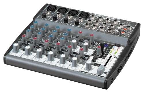 Mesa De Som Behringer Xenyx 1202fx C/ Processador Efeitos 110v