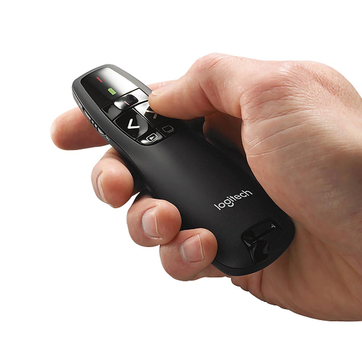 Apresentador Sem Fio Logitech Wireless Presenter R400 Laser Pointer Vermelho Conexão por USB Pilha Inclusa 910-001354
