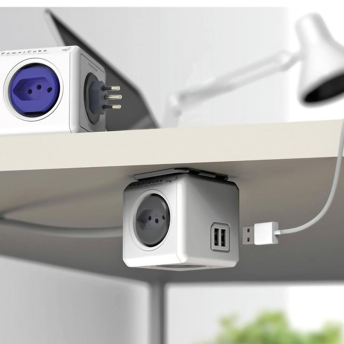 PowerCube Adaptador de Tomadas Bivolt 4 Tomadas Livres de Bloqueio com Cabo Extensor 1,5m + 2 USB 2.4A ELG PWC-X4U
