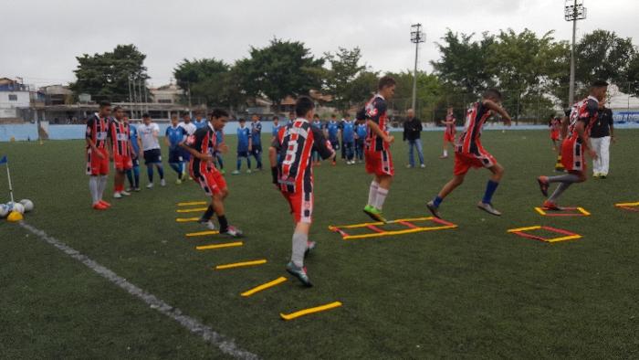 JOGO COM DUAS ESCADAS DE AGILIDADE E COORDENAÇÃO PROFISSIONAL  - Actualsports  Equipamentos Esportivos
