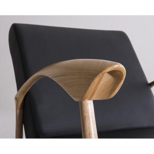 Poltrona Anos 50 Couro Sintético Preta - Moln Design Furniture