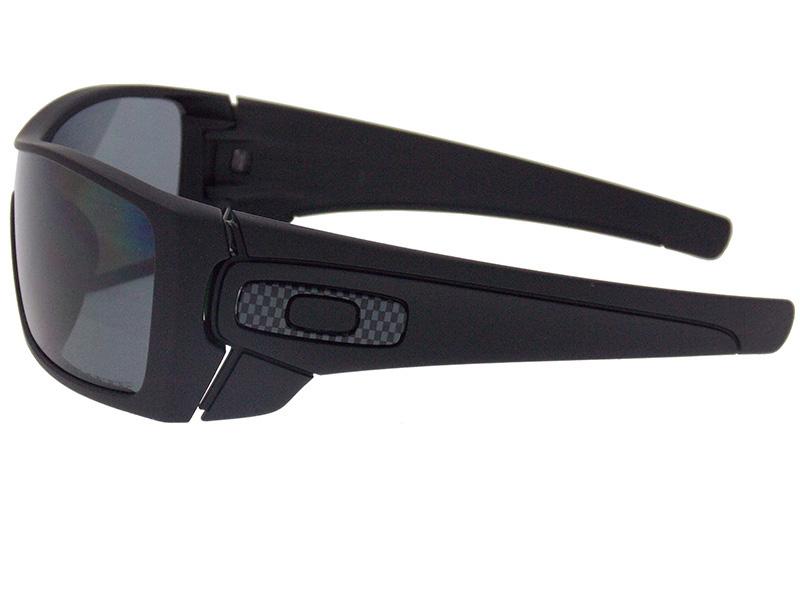 abe099cc5a6d3 Óculos De Sol Oakley Batwolf Polarizado OO9101 04. Image description Image  description Image description ...
