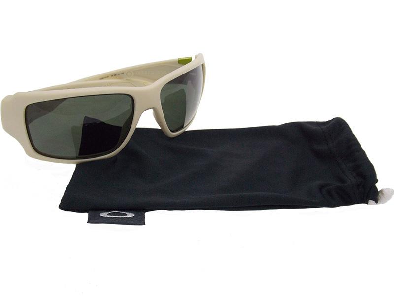 Óculos De Sol Oakley Big Taco OO9173 07 Tam.62. Image description Image  description Image description Image description 2b51c0394b