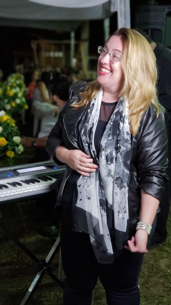Música para Casamento em Juiz de Fora Luciane Borges Música para Casamento em JF e Cidades Vizinhas