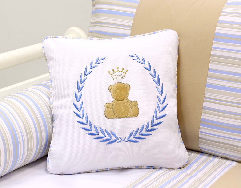 Almofada para decoração bordada - Col. Prince George