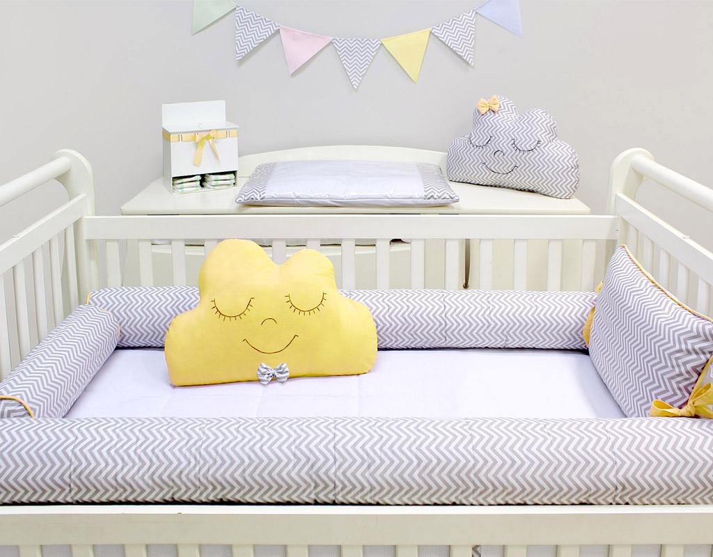Kit Berço Rolinhos 05 peças  Baby Chevron Cinza com Amarelo