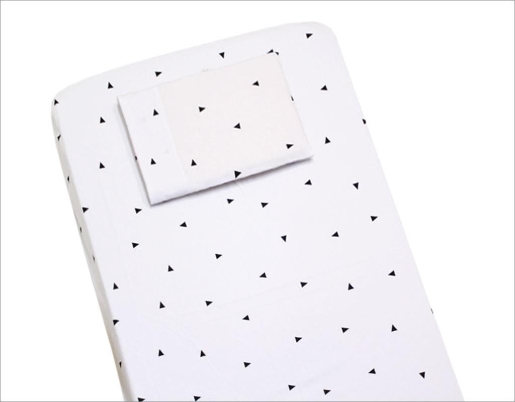 Lençol para Berço 2 peças 100 % Algodão Triângulos Branco e Preto