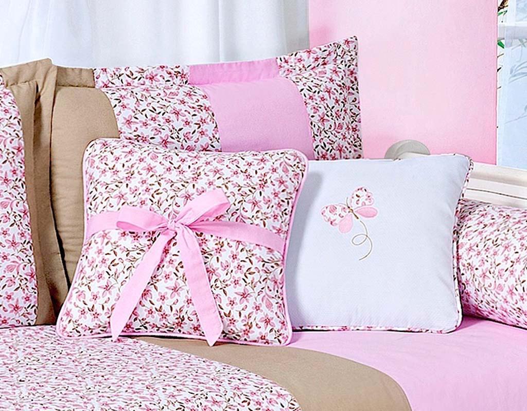 Almofada para decoração bordada - Col. Jardim Secreto