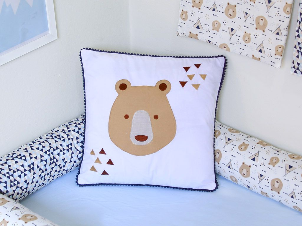 Almofada Pompom Urso Marinho