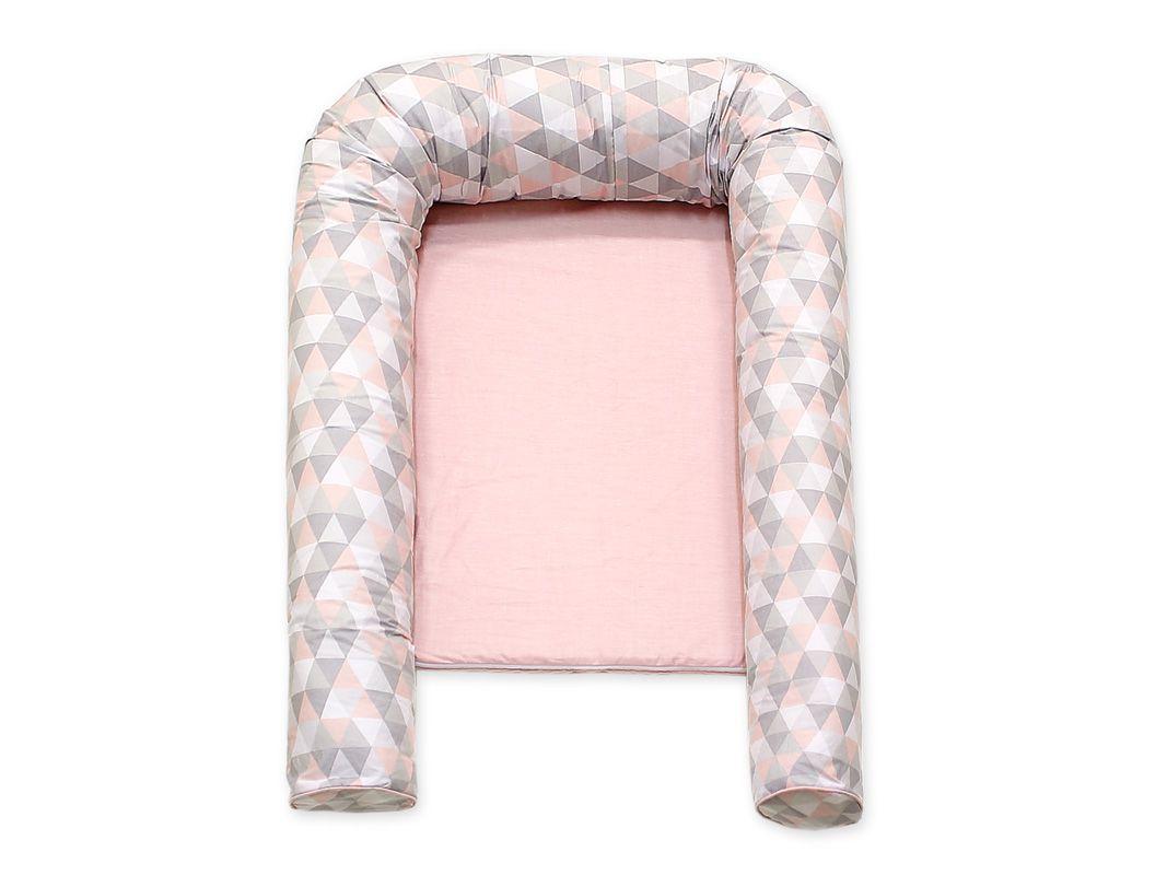 Ninho para Bebê Redutor de Berço Triângulo Cinza e Rosa