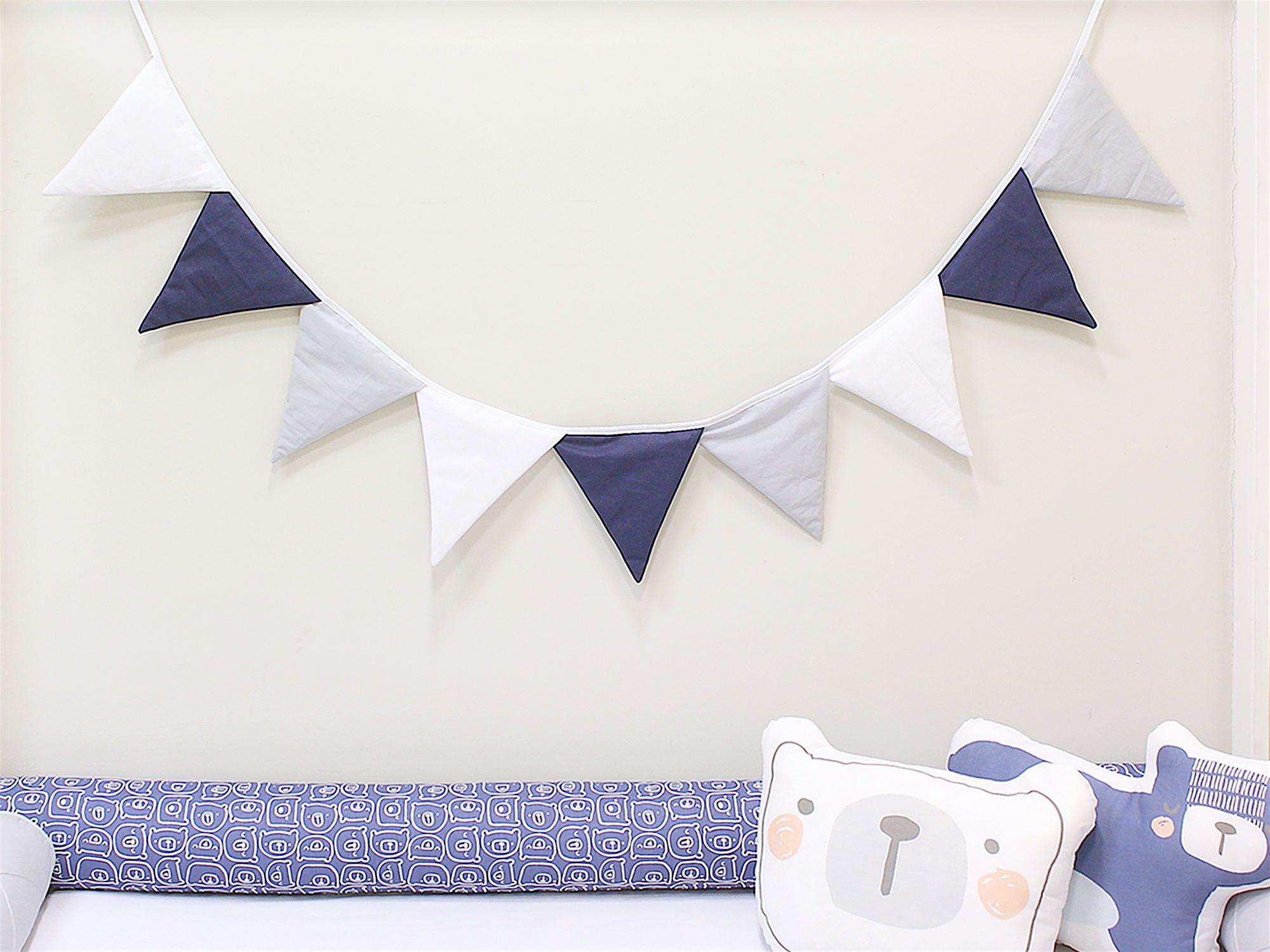 Varal de Bandeirinhas Marinho Cinza Branco