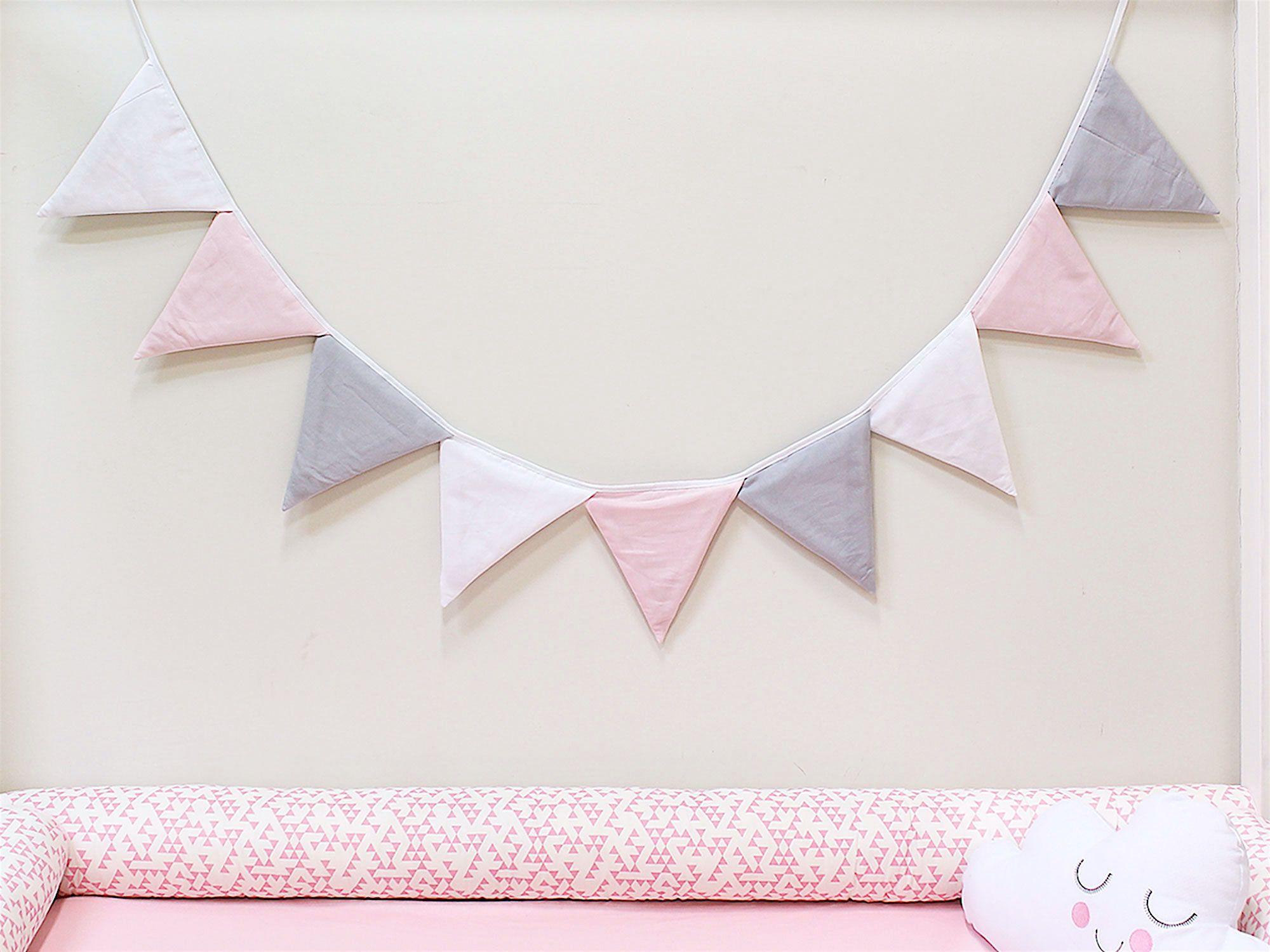 Varal de Bandeirinhas Rosa Cinza Branco