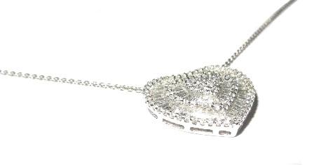Colar e Pingente Coração Ouro 18k com Diamantes Trapézio  - Sancy