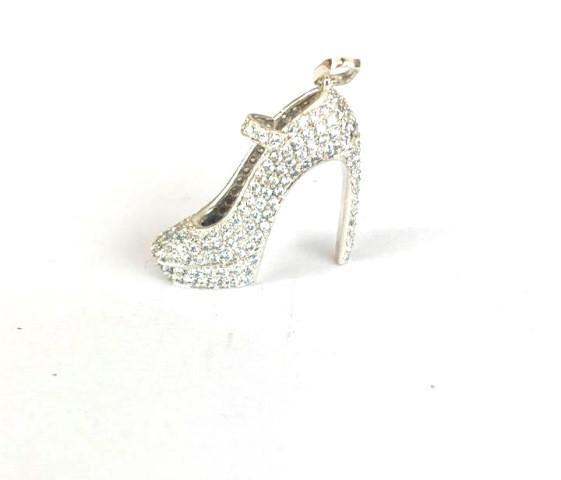 Pingente Sapato de Diamantes ouro 18k  - Sancy