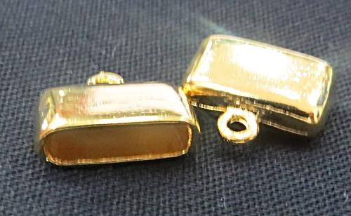 terminal dourado achatado medio-02 peças-tcd025