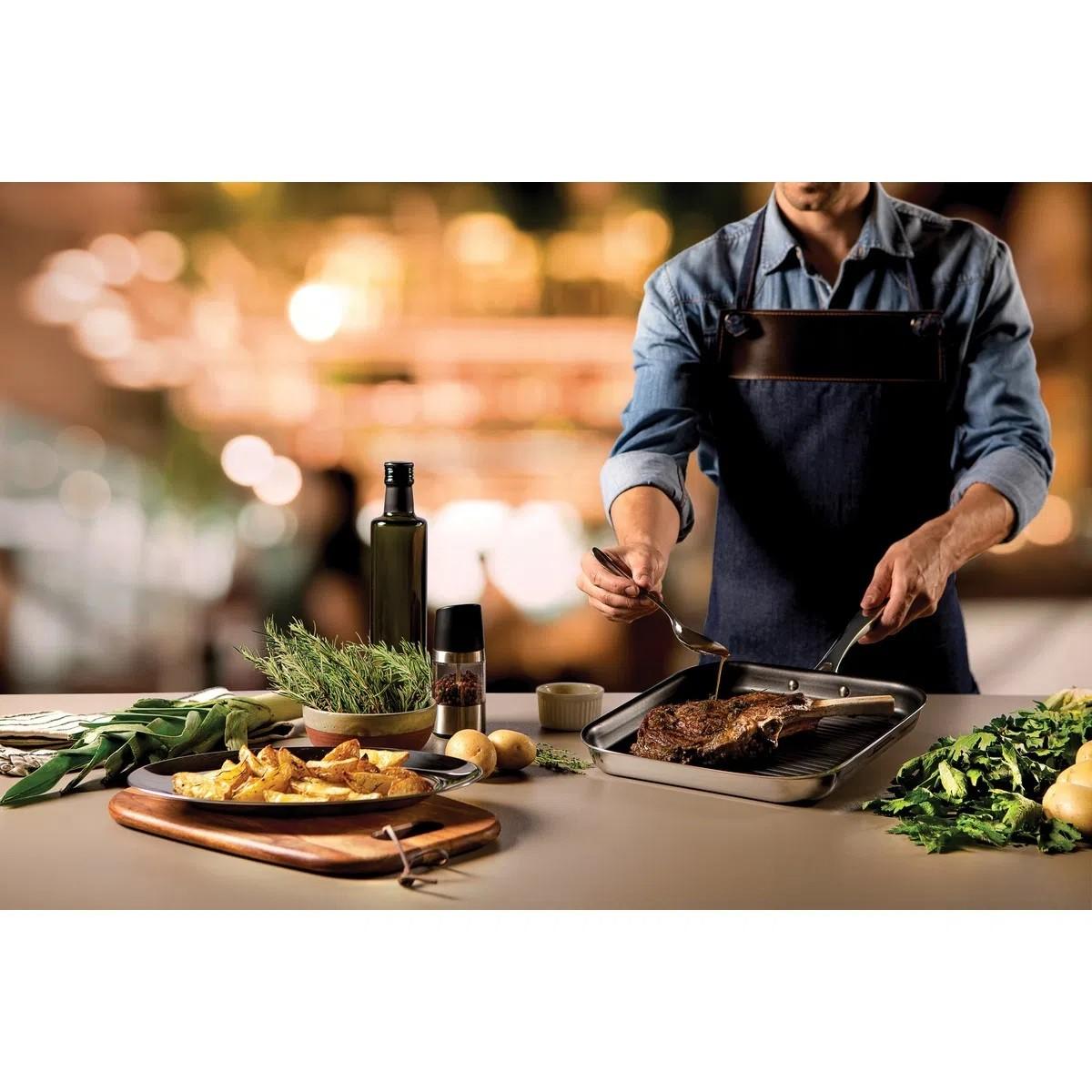 Bistequeira Grano em Aço Inox Antiaderente 26 Cm Tramontina  - Sua Casa Gourmet e Cia