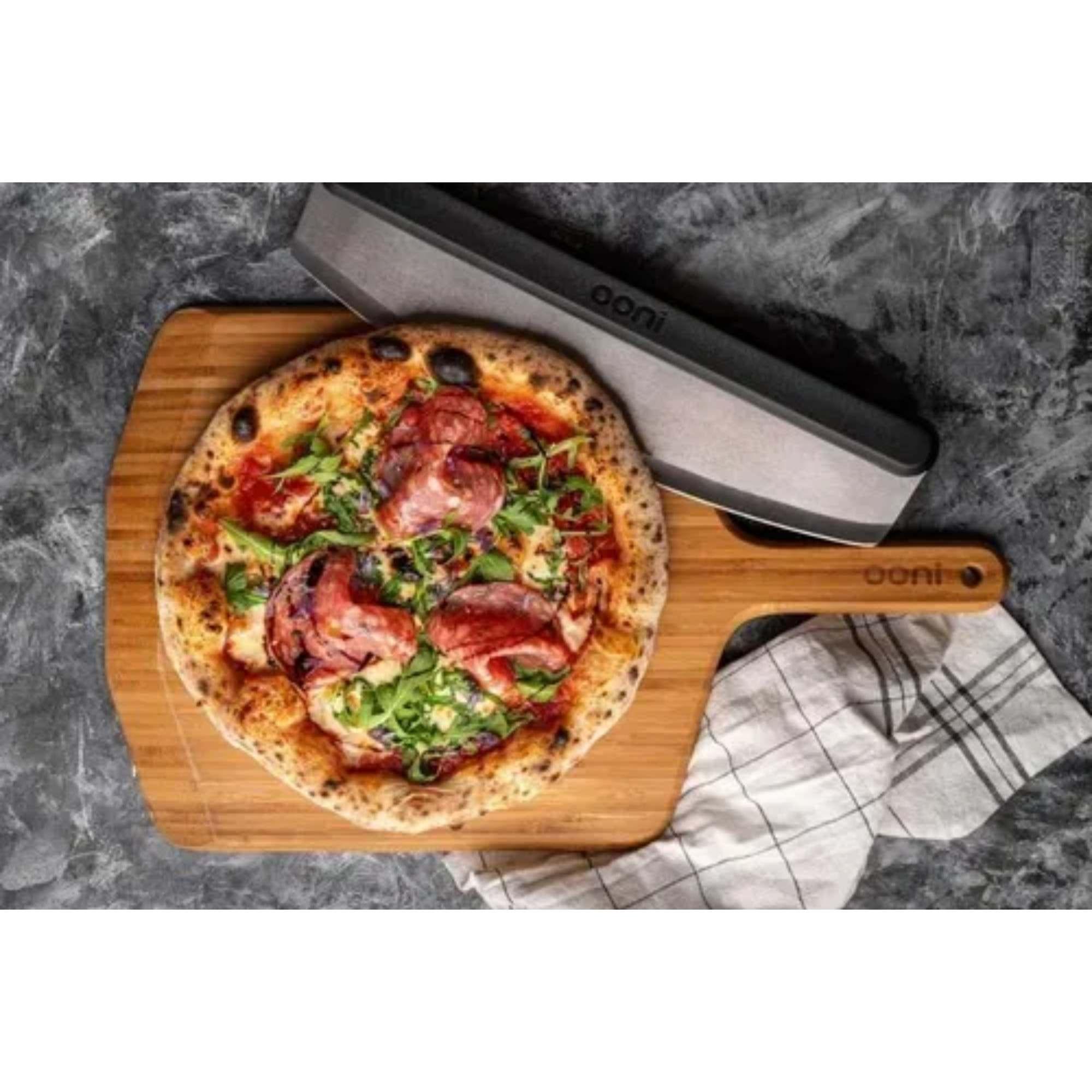 Cortador de Pizza Ooni Rocker Blade 25cm em Aço Inox  - Sua Casa Gourmet e Cia