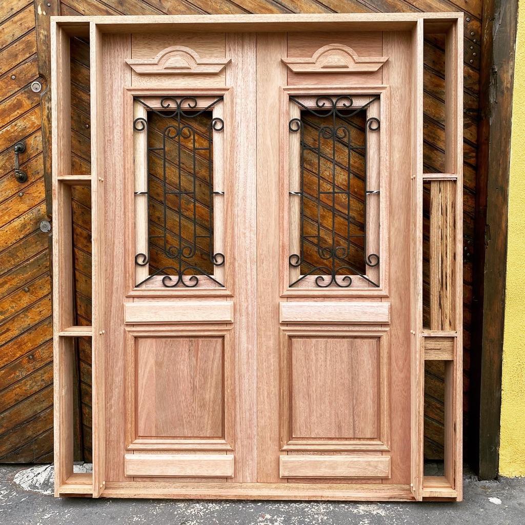 Portal Entrada Maciça 040 Realeza com Grade.