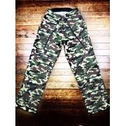 Calça Anatomys FEMININA Camuflada Verde Militar com dois bolsos na frente e dois atrás e cordão Preto Tecido Sarja 90% Algodão 10% Elastano