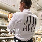 Dólmã Cecília Feminino Acinturado JOGO DE FACAS Sarja Leve 100% algodão BRANCO com vivo e botões PRETOS