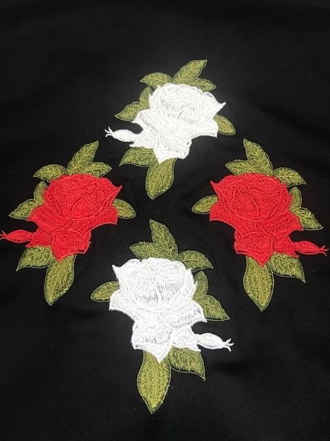 Dólmã Cecilia Feminino Acinturado PRETO RED&WHITE CROSS FLOWERS com vivo e botões PRETOS 100% Algodão manga 3/4