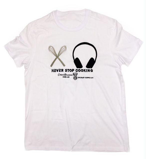 Camiseta Unisex Branca BORDADO HEAD PHONES Fio 30 Premium 100% Algodão
