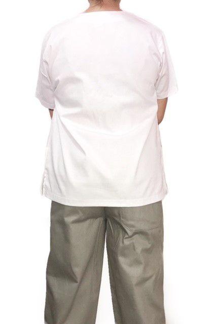 Conjunto Pijama Cirurgico SCRUB MASCULINO  Camisa BRANCA e Calça Cinza com Cordão Tecido 100% algodão