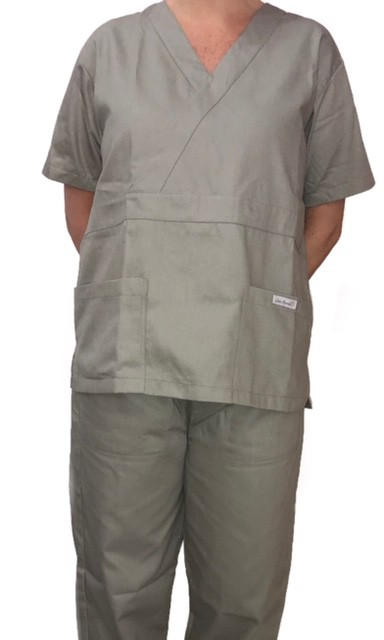 Conjunto Pijama Cirurgico SCRUB MASCULINO  Camisa CINZA e Calça Cinza com Cordão Tecido 100% algodão