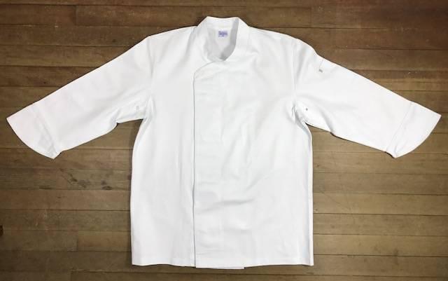 Conjunto SENAC Dólmã UNISEX BRANCA  Gourmet Botões Pressão  personailizada padrão SENAC com nome e logomarca bordada + 01 avental BRANCO