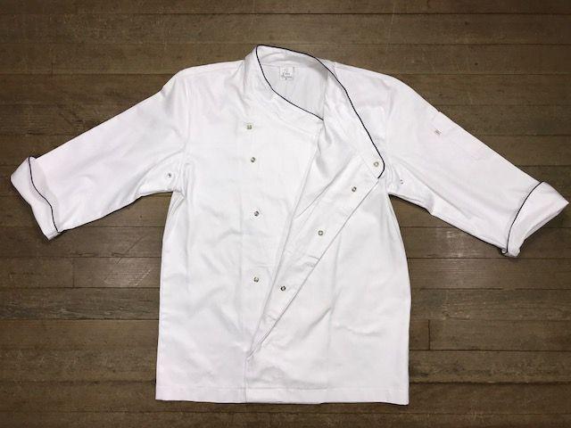 Conjunto SENAC Dólmã Gourmet ML Branca Botões Pressão 100% algodão branca bordada nome e logo + avental 4 Frentes branco 100% algodão + Calça com elástico total pied poule + chapéu chef branco