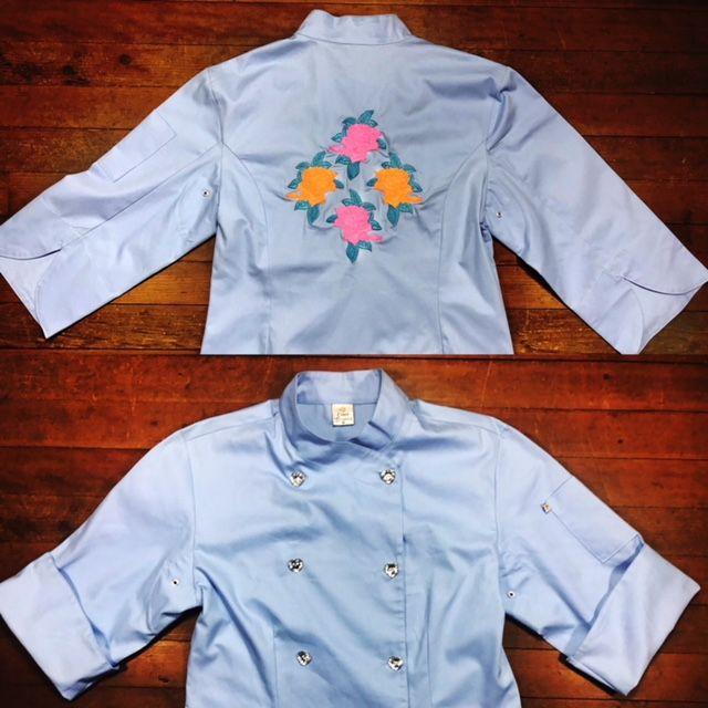 Dólmã Cecília Feminino Acinturado AZUL FLOWERS PINK ORANGE e botões GREY HEART Sarja Leve 100% algodão