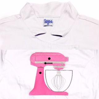 Dólmã Grace Feminina Acinturada BRANCA BATEDEIRA PINK  em Sarja 100% Algodão (abotoamento de pressão)