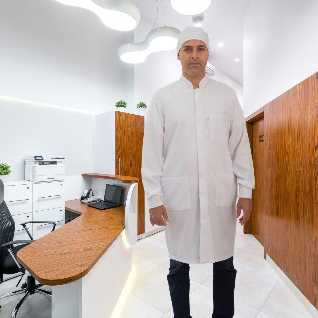 Jaleco Gola Padre em Gabardine 100% Poliéster branca com punho de ribana