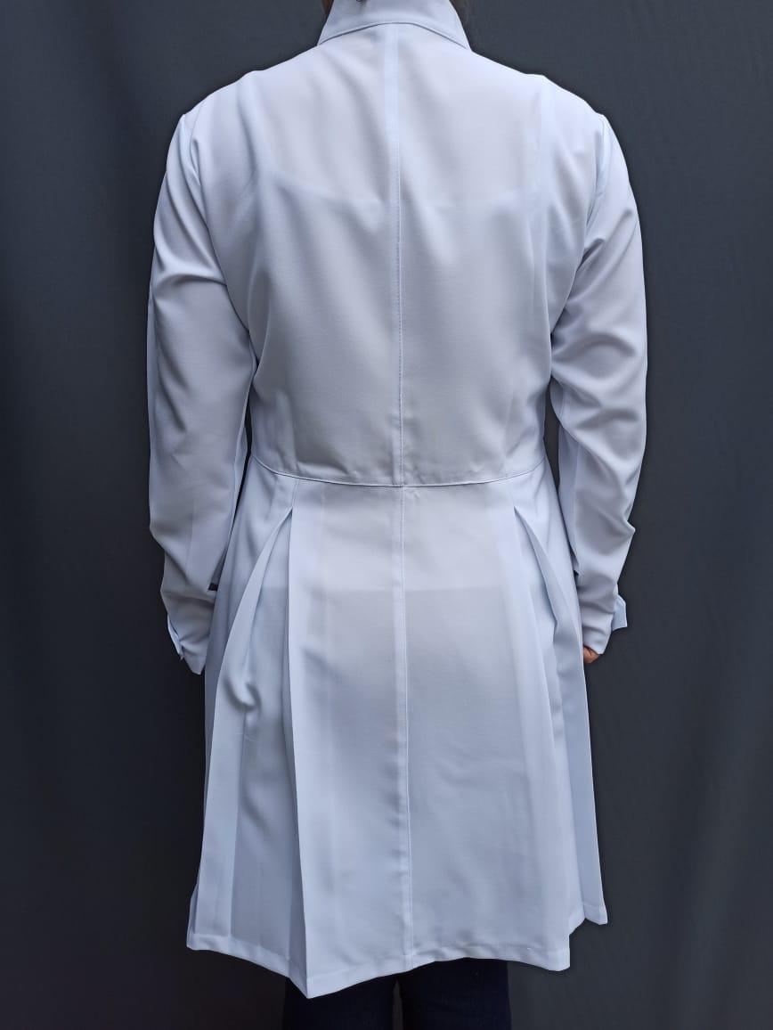 Jaleco Sissi Gola Padre com pregas acinturado Oxford 100% poliester