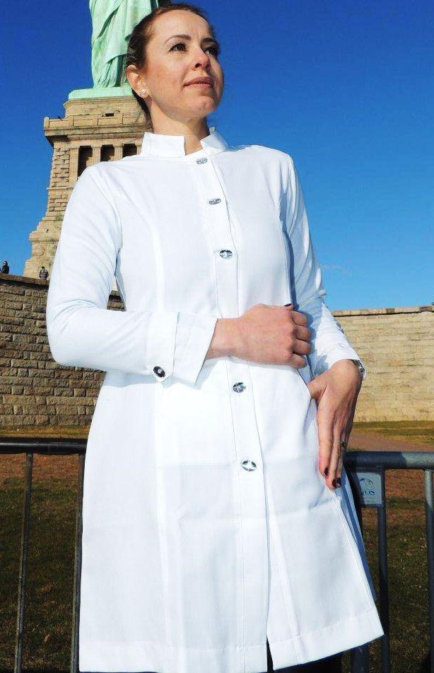 Jaleco Sissi  Dress Feminino Acinturado Botões Swarovski Microfibra PREMIUM