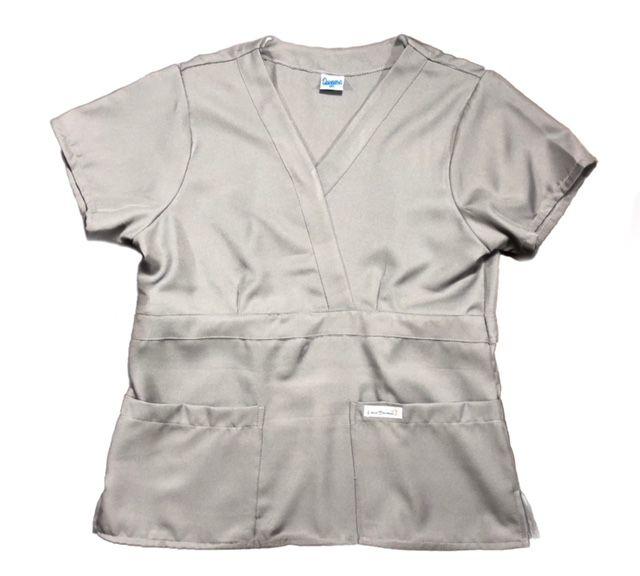 Conjunto Scrub Anatomys UNISEX CINZA Camisa com ajuste para acinturar Atras e Cordão BRANCO para Calça Tecido 100% Poliéster
