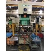 Prensa Excêntrica F.F marca Seyi capacidade 200 ton  #24-1133