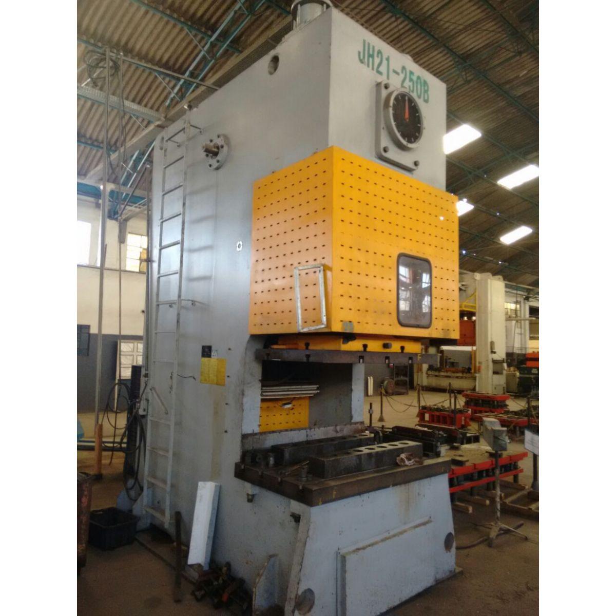 Prensa de Freio e Fricção Ergon 250 ton  - AEG Comercial